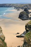 Bedruthan Steps at Low Tide Royalty Free Stock Photos