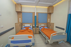Beds in a hospital ward Royalty Free Stock Photos