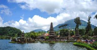 Bedugul寺庙,巴厘岛印度尼西亚秀丽  库存照片