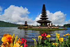 Bedugul le temple de flottement Photo libre de droits