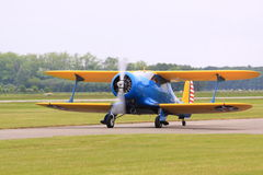 Beechcraft D175 met het runnen van motor Royalty-vrije Stock Foto