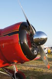 Beechcraft D17-5 Staggerwing飞机 免版税库存图片