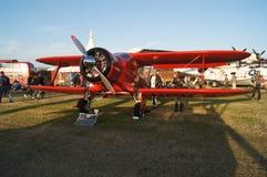 Beechcraft D17-5 Staggerwing nivå Royaltyfria Bilder