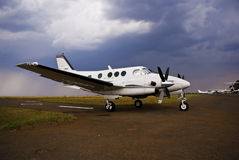 Beechcraft King Air E90 - Side On Stock Photos