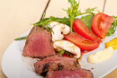 Beef filet mignon grilled with vegetables Stock Photography