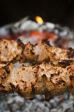 Beef shish kabobs on the grill Royalty Free Stock Images