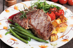 Beef steak with potato and vegetables Royalty Free Stock Photo