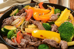 Beef stir fry Royalty Free Stock Photos