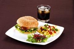 Beefburgermahlzeit stockfoto