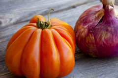 Beefsteak Tomato and red Onion Royalty Free Stock Images