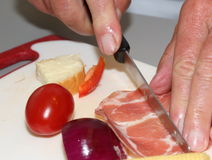 Beeing del prosciutto tagliato Fotografia Stock