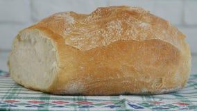 Beeld met een Heerlijk Heet Brood en Smakelijk thuis Gemaakt van Witte Bloem royalty-vrije stock afbeelding