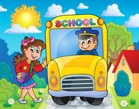 Beeld met thema 8 van de schoolbus Stock Fotografie