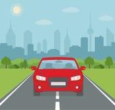 Beeld van auto op de weg met stadssilhouet op achtergrond royalty-vrije illustratie