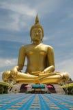 Beeld van Boedha, Wat muang, Angthong, Thailand Stock Foto