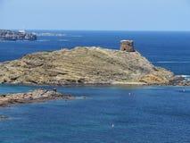 Beeld van de Kust van het eiland van Baeutiful Menorca in Spanje Een natuurlijk paradijs stock fotografie