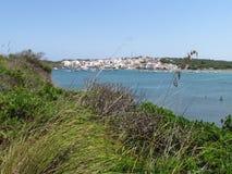 Beeld van de Kust van het eiland van Baeutiful Menorca in Spanje Een natuurlijk paradijs stock afbeeldingen