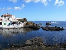 Beeld van de Kust van het eiland van Baeutiful Menorca in Spanje Een natuurlijk paradijs stock foto's