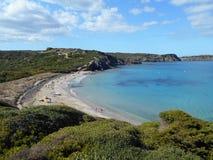 Beeld van de Kust van het eiland van Baeutiful Menorca in Spanje Een natuurlijk paradijs royalty-vrije stock foto's