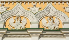 Beeld van dubbel-geleide adelaars royalty-vrije stock afbeeldingen