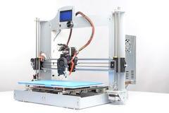 Beeld van een driedimensionele printer Stock Foto's