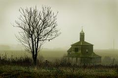 Beeld van een oude kerk Stock Foto's