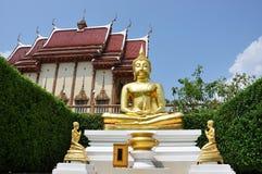 Beeld van het standbeeld van Boedha stock afbeelding