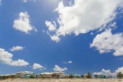 Beeld van rijtjeshuizen langs het strand Royalty-vrije Stock Afbeelding