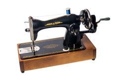 Beeld van Uitstekende sovjetdie naaimachine op witte backgro wordt geïsoleerd Stock Foto's