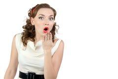 Beeld van zeer verraste vrouw met hand Royalty-vrije Stock Afbeeldingen