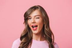 Beeldclose-up van jonge aantrekkelijke vrouwenjaren '20 met lang krullend haar Stock Foto