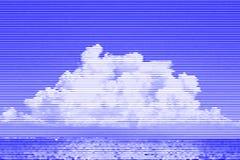Beeldcollage van overzees en hemel met witte wolken van horizontaal l Royalty-vrije Stock Foto's