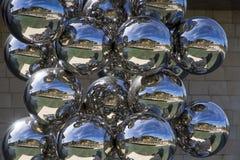 Beeldhouwwerk 80 Ballen, Indische kunstenaar Anish Kapoor Stock Afbeelding