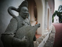 Beeldhouwwerk Chinese Goden de visuele kunsten in Phra Pathommachedi een stupa in Thailand Royalty-vrije Stock Afbeeldingen