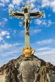 Beeldhouwwerk (Kruisbeeld en Calvary) Royalty-vrije Stock Afbeeldingen