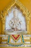 Beeldhouwwerk op muren van buddhistic tempel Stock Foto's