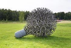 Beeldhouwwerk in park Kokkola finland royalty-vrije stock afbeeldingen