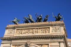 Beeldhouwwerk, Politeama Theater, Palermo Royalty-vrije Stock Afbeeldingen