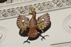 Beeldhouwwerk van de heraldische tirolean adelaar royalty-vrije stock foto's