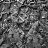 Beeldhouwwerk van de traditionele kunst van India in zwart-wit Stock Foto's