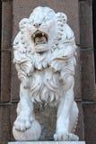 Beeldhouwwerk van een leeuw Stock Foto