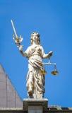 Beeldhouwwerk van Iustitia - Rechtvaardigheid Golden Gate in Gdansk, Polen Stock Afbeeldingen