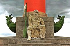 Beeldhouwwerk van Sea King op de Rostral Kolom royalty-vrije illustratie