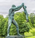 Beeldhouwwerk in Vigeland-park Oslo noorwegen Royalty-vrije Stock Foto