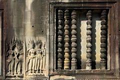 Beeldhouwwerken in Angkor Wat Stock Afbeeldingen