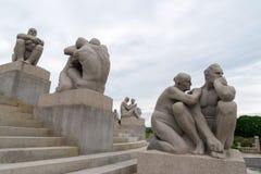 Beeldhouwwerken door Gustav Vigeland in Vigeland-Park Stock Afbeeldingen