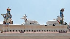 Beeldhouwwerken op dak van de Tempel van Sri Mariamman, Singapore stock foto