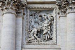 Beeldhouwwerken op het Paleis van Palazzo Poli Poli Stock Foto