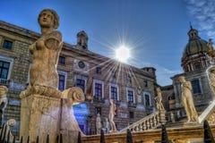 Beeldhouwwerken in Palermo royalty-vrije stock foto's