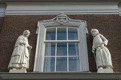 Beeldhouwwerken van bejaarde en vrouw, Zaltbommel Royalty-vrije Stock Afbeelding